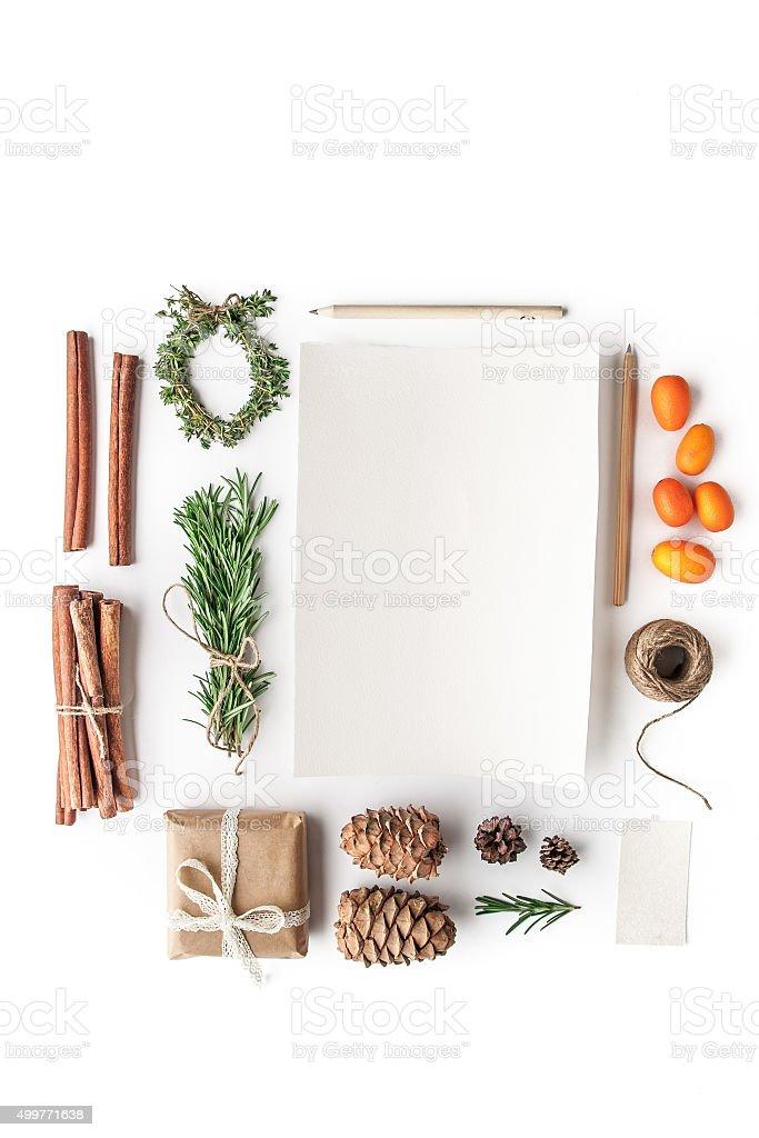 conjunto para crear tarjeta de navidad en el fondo blanco vertical foto de stock libre