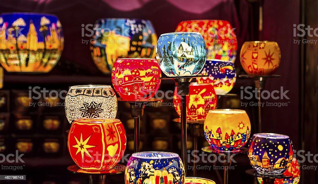 Molti possessori di candela, con un stile di Natale foto stock royalty-free