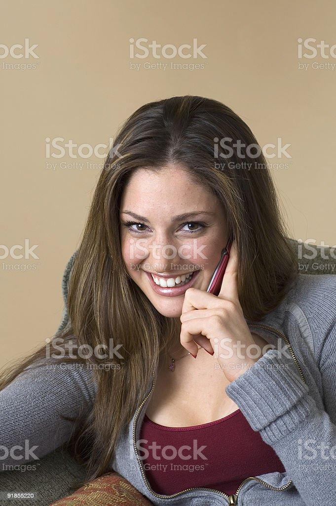 Sexy giovane donna sul telefono foto stock royalty-free
