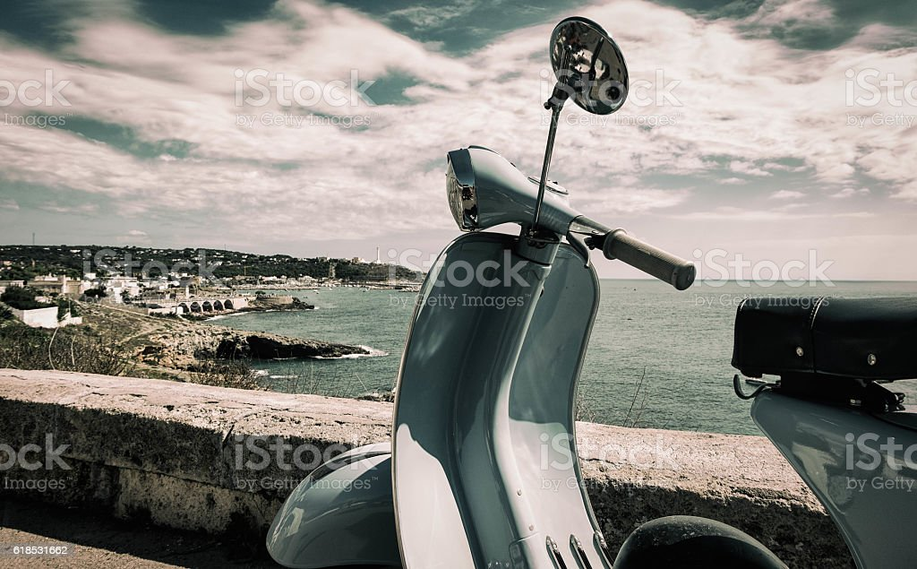 sfondo con scooter stock photo