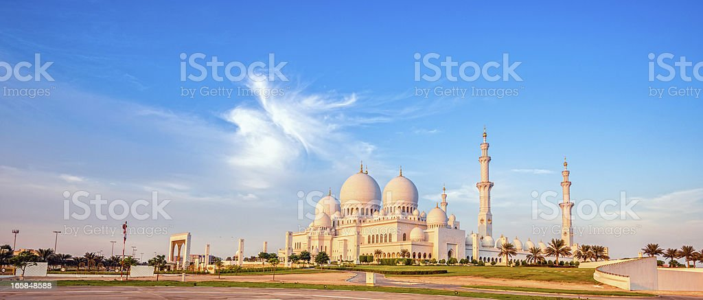 Sheikh Zayed Mosque in evening light stock photo