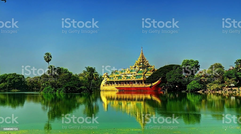 Ship Karaweik along Kandawgyi Lake's shores stock photo