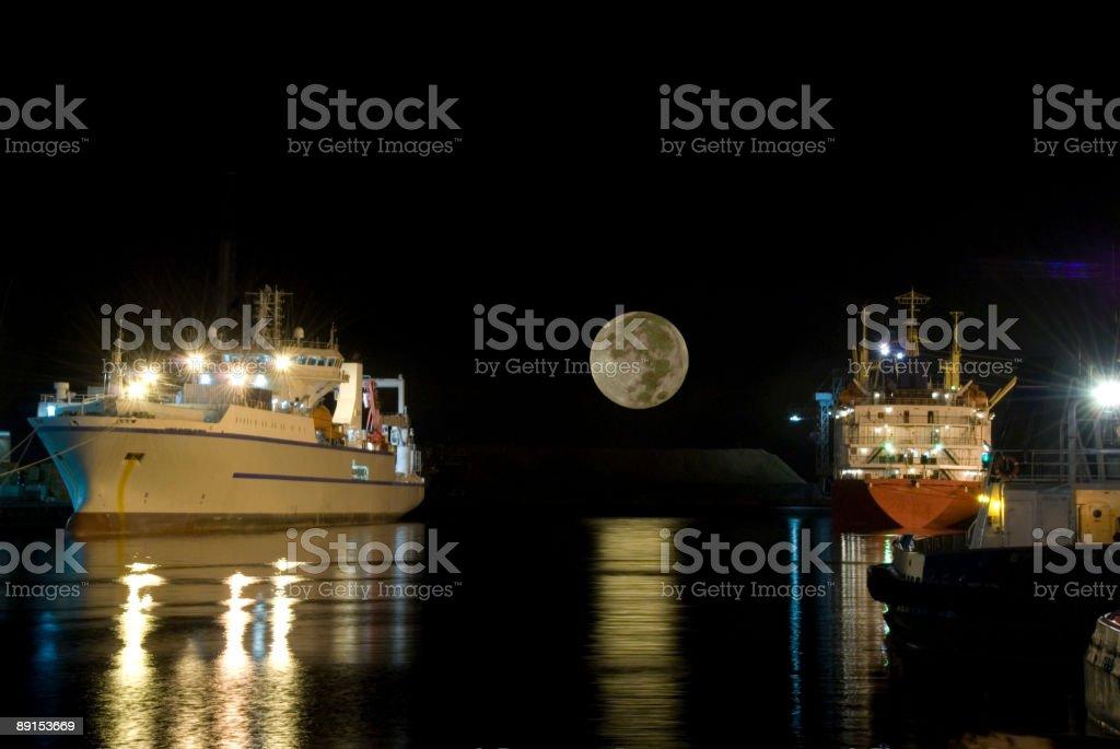 ships-full-moon royalty-free stock photo