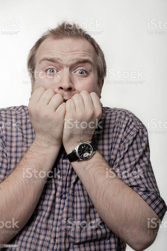 Hombre de camisa de ante una célula foto de stock libre de derechos