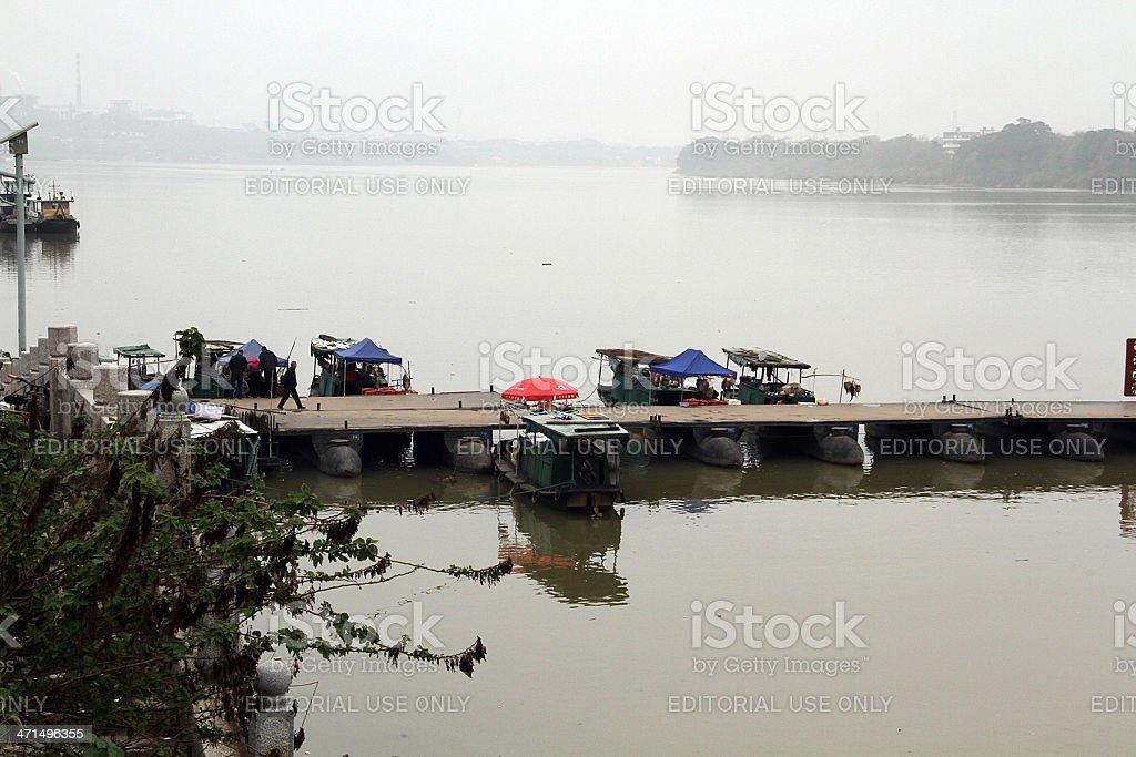 Vista laterale di Dongjin Ponte di Ganzhou, Cina foto stock royalty-free