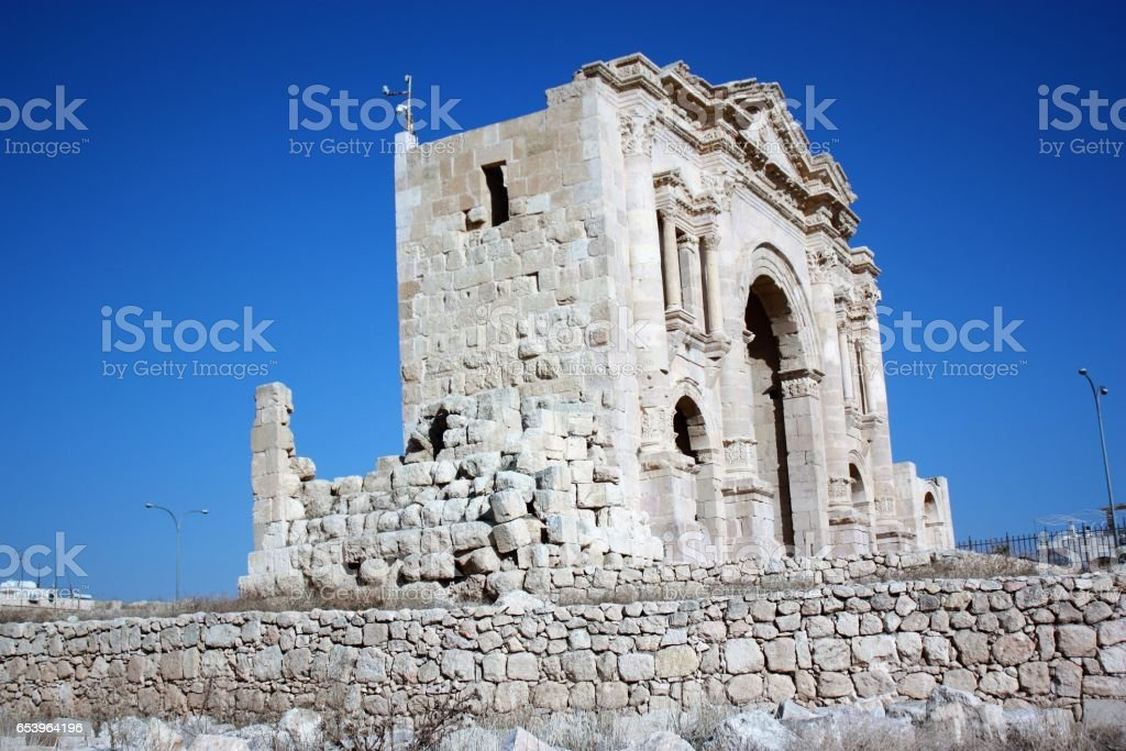 Side view of Triumphal Arch in Jerash Jordan, Middle East stock photo