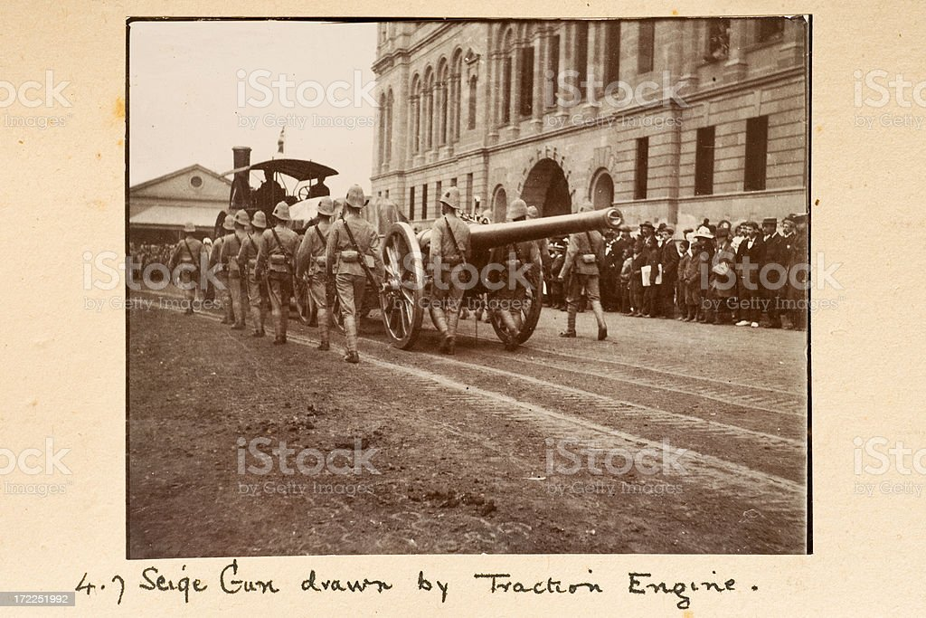 4.7 Siege Gun drawn by Traction Engine royalty-free stock photo