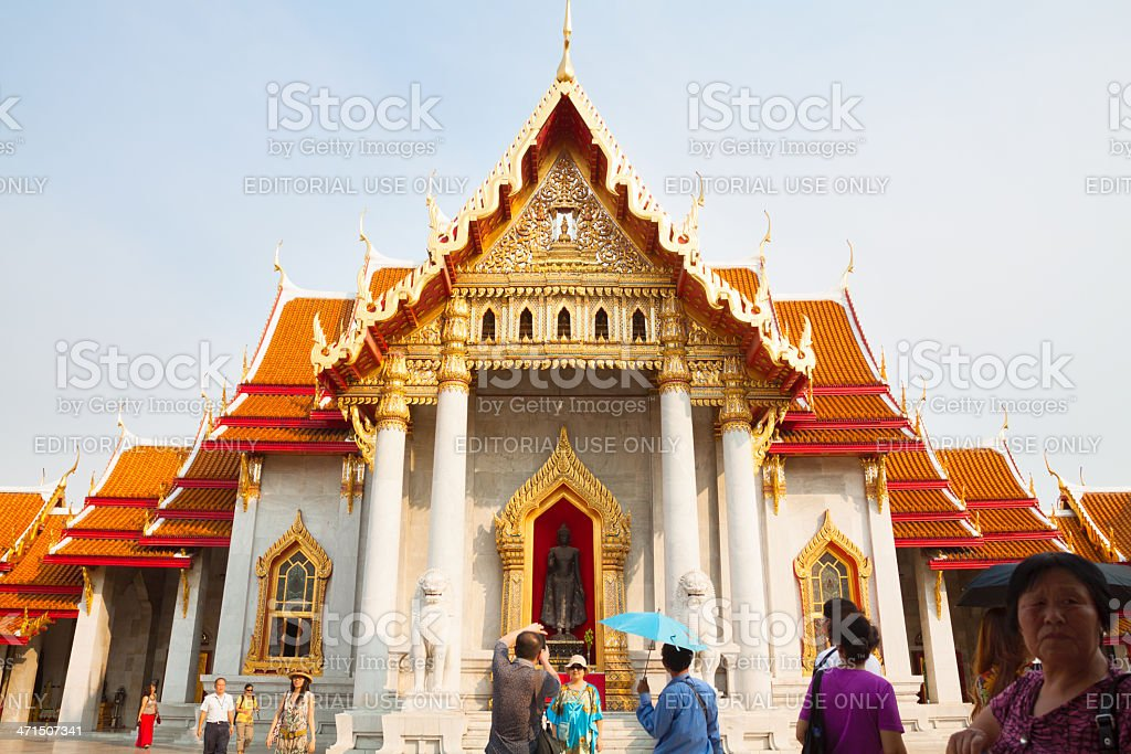 Sight seeing in Wat Benchamabophit royalty-free stock photo