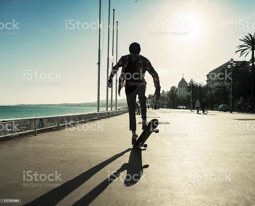 Silhouette of skateboarder royalty-free stock photo