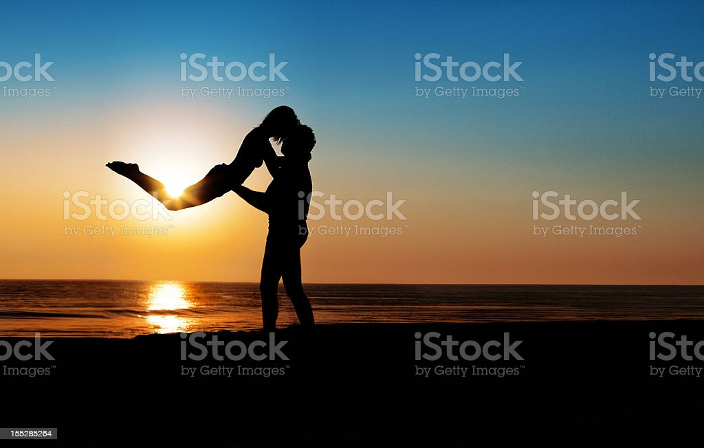 Silhouettes in love royalty-free stock photo