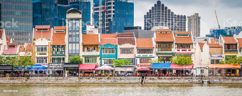 Singapore bars and restaurants of Boat Quay overlooking river panorama stock photo
