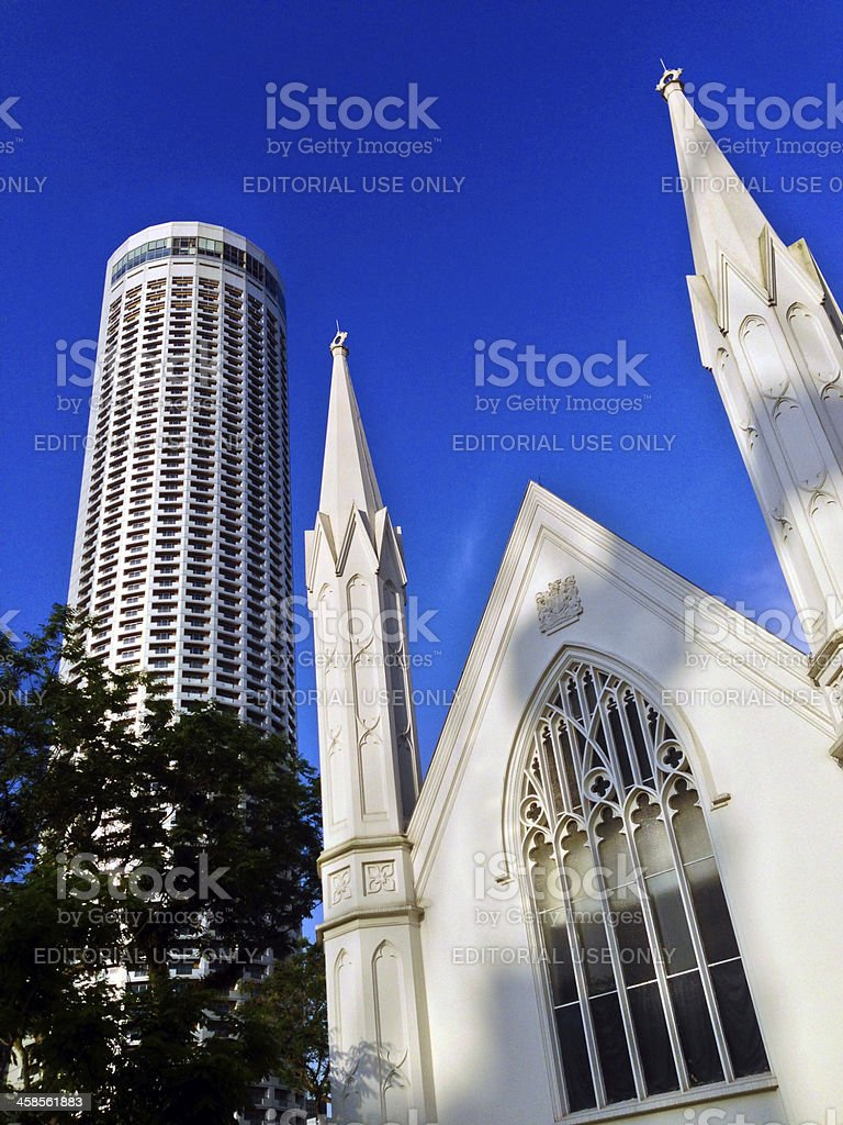 Singapore, St Andrews Cathedral and Swissotel The Stamford. stock photo