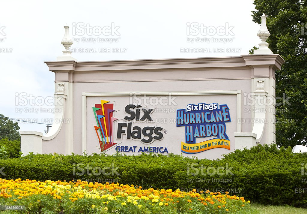 Six Flags Great America Entrance stock photo