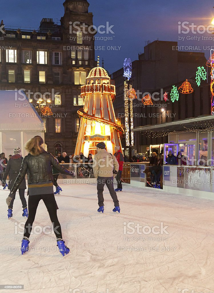 Skaters in George Square: Glasgow On Ice; Helter-skelter stock photo