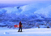 Skier wants to move out from mountain