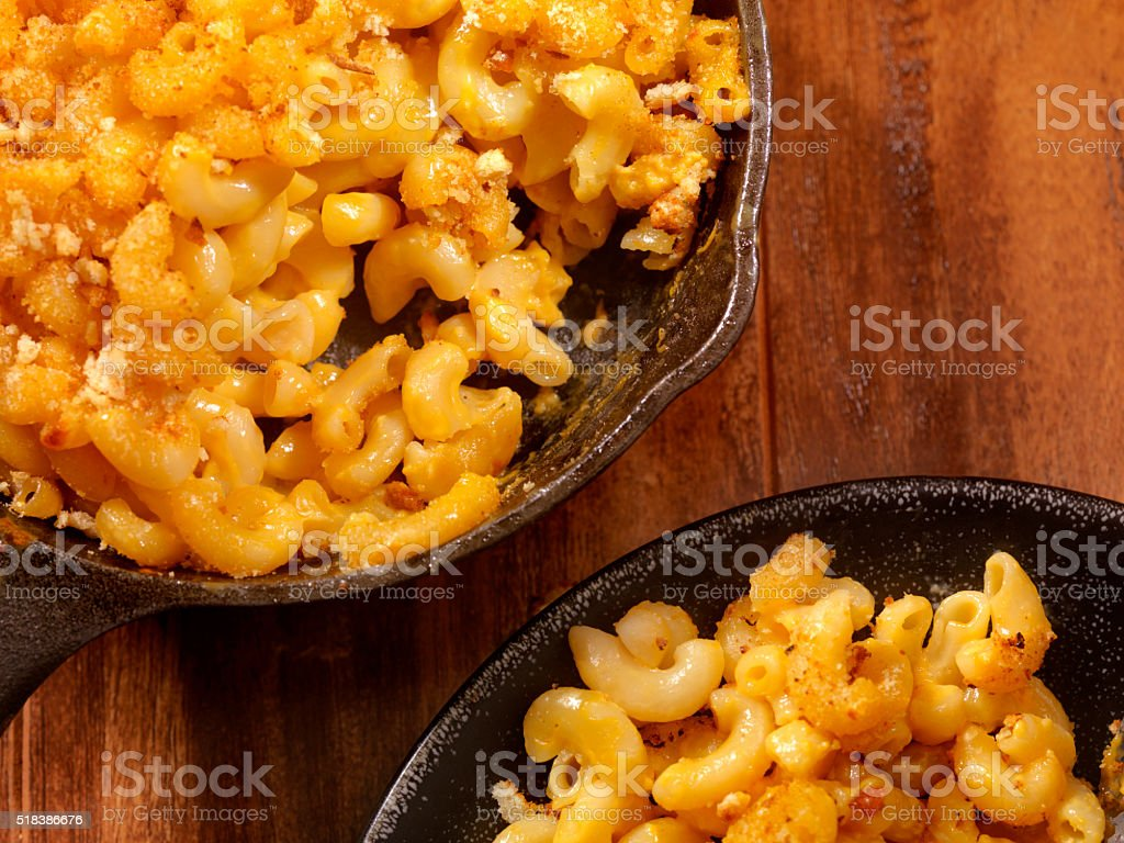 Skillet Baked Macaroni and Cheese stock photo