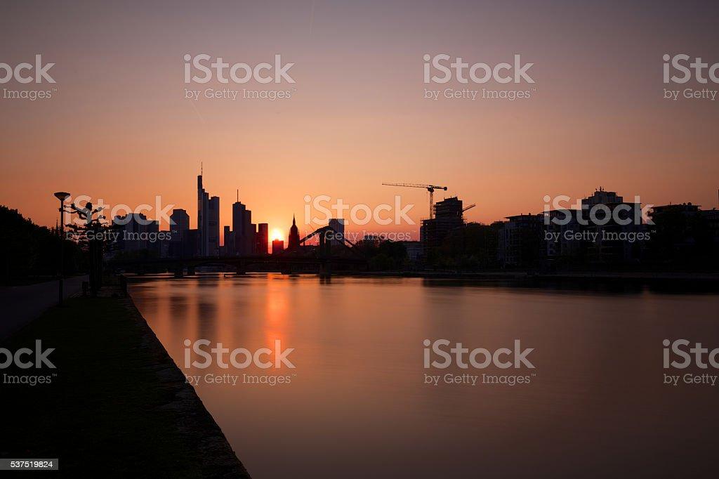 Skyline Frankfurt bei Sonnenuntergang stock photo