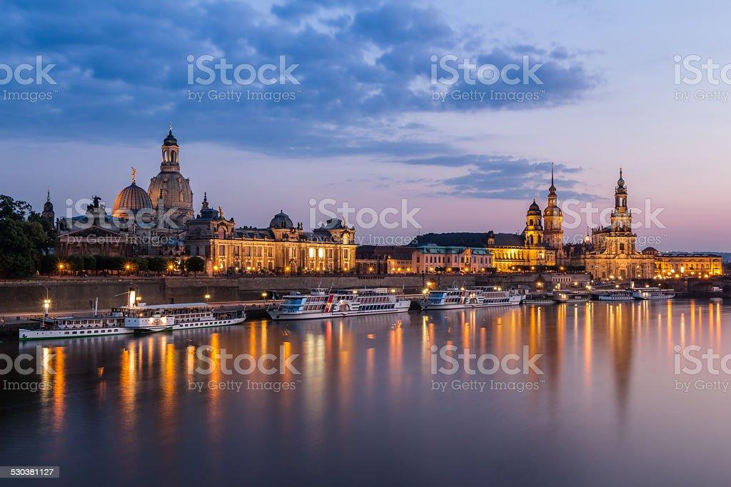 Skyline zu Dresden am Abend stock photo