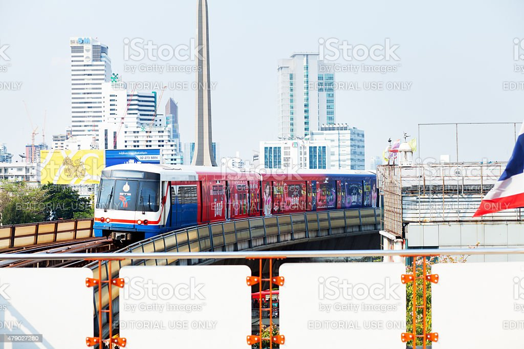Skytrain on way to station Victory Monument stock photo