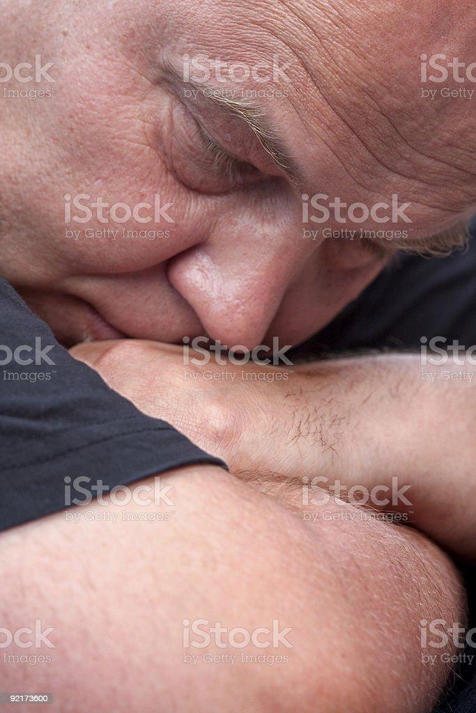 Homem de Dormir foto de stock royalty-free