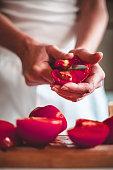 slicing tomatos