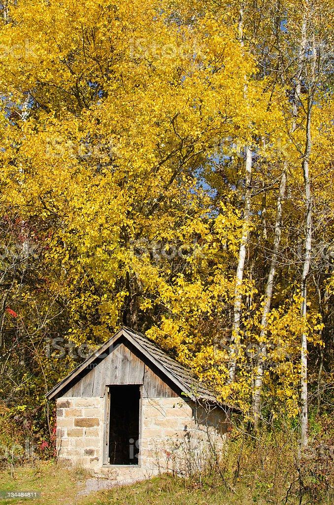 Small cabin in Natural Bridge State Park, Wiconsin stock photo