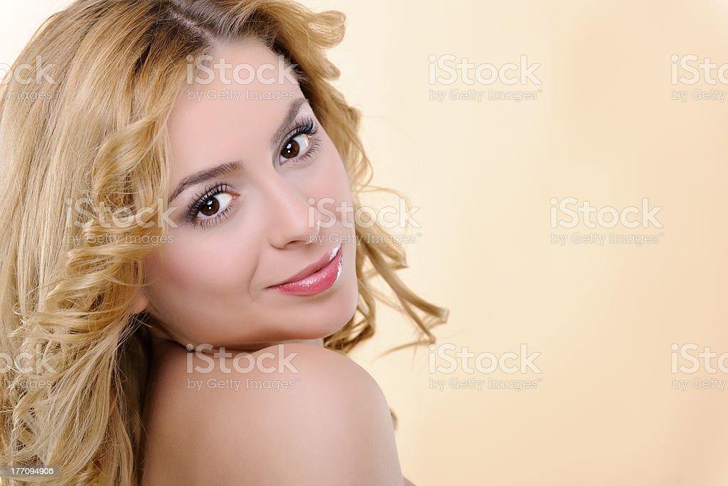 Souriant Belle femme photo libre de droits