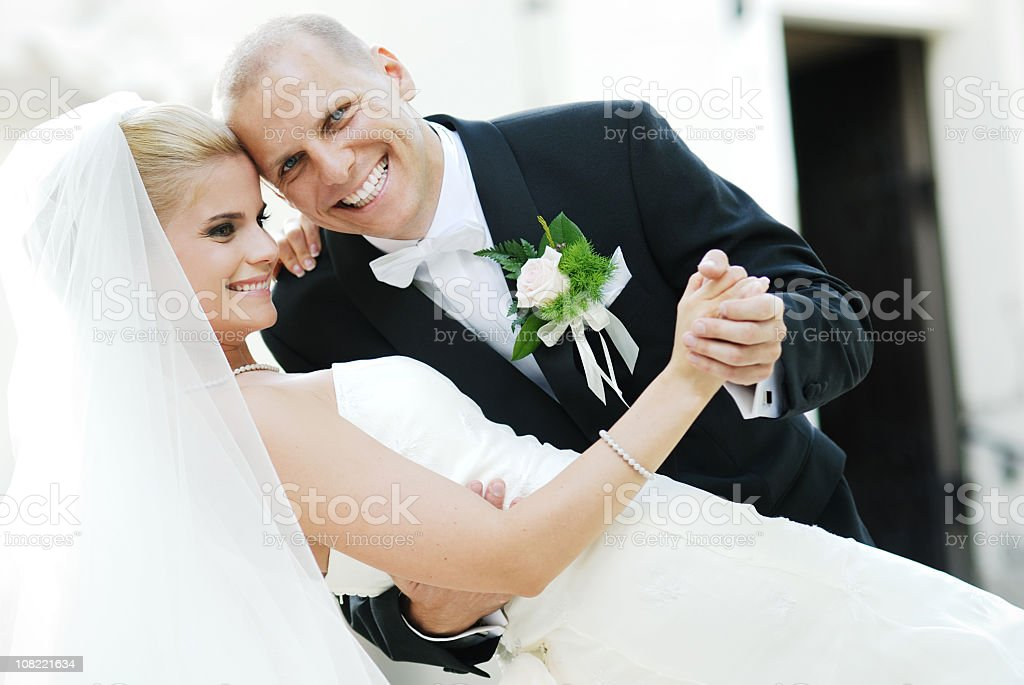 Smiling couple on wedding day royalty-free stock photo