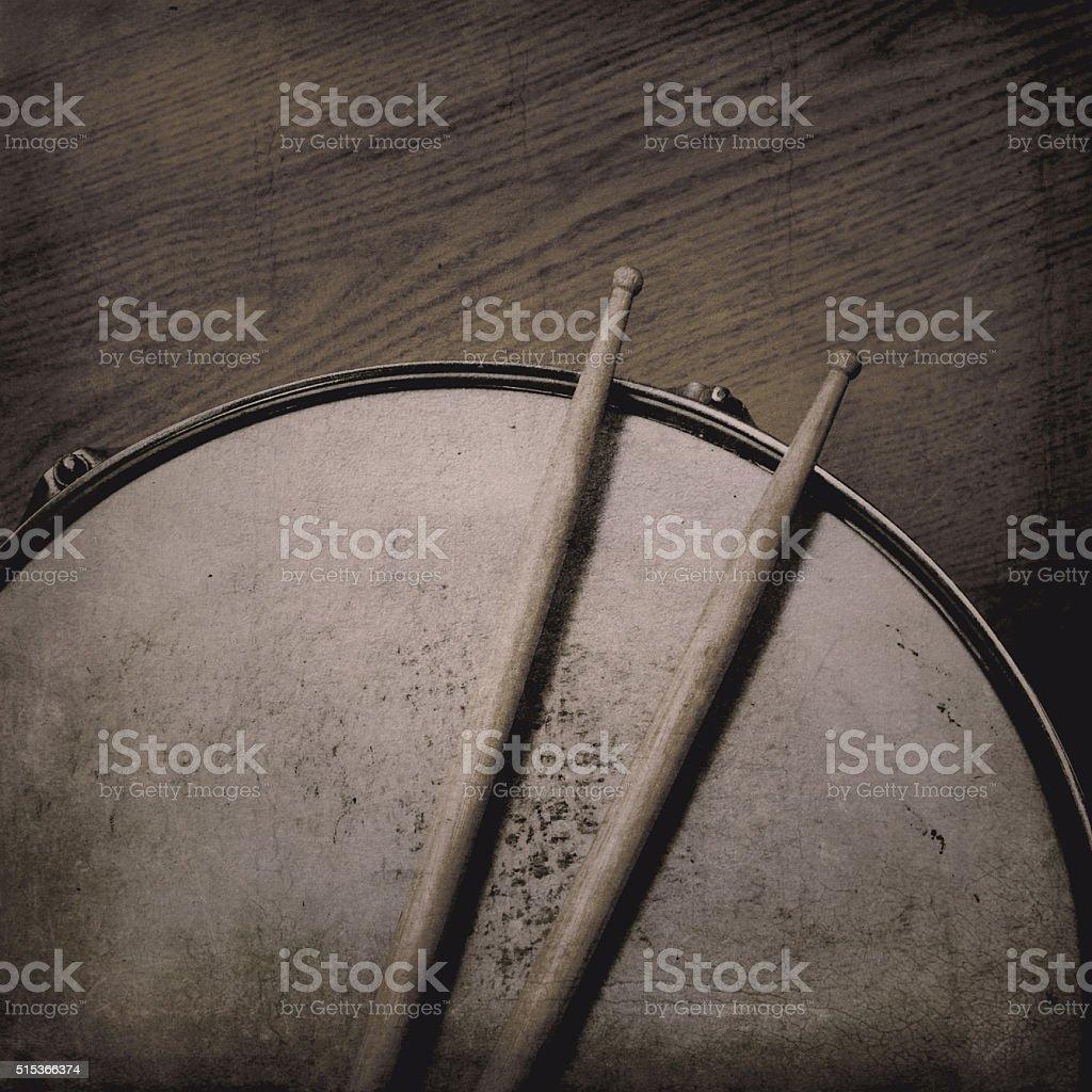 Малый барабан и палки Стоковые фото Стоковая фотография