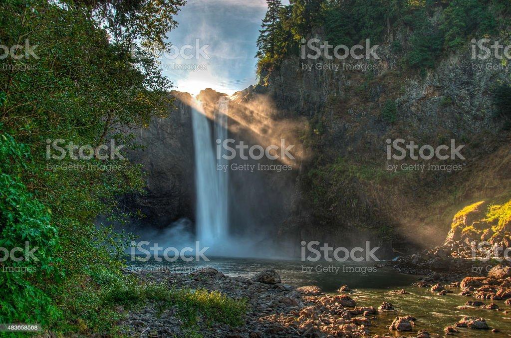 Водопад Сноквалми от нижней платформе Стоковые фото Стоковая фотография