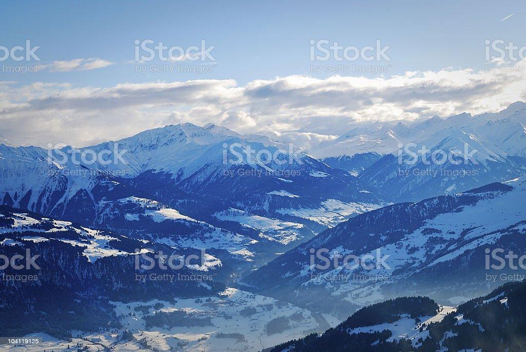 Montanhas NevadasComment foto de stock royalty-free
