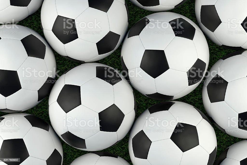 草背景の上にサッカーボール。クリッピングパスが含まれます。 ロイヤリティフリーストックフォト