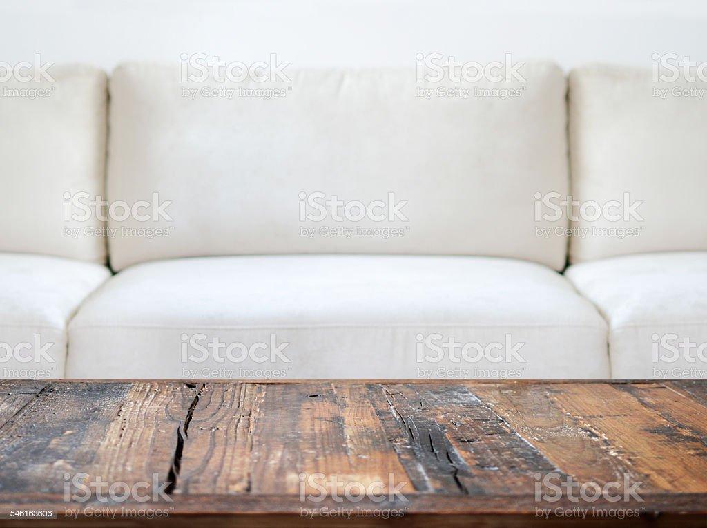 Sofa mit Holztisch stock photo