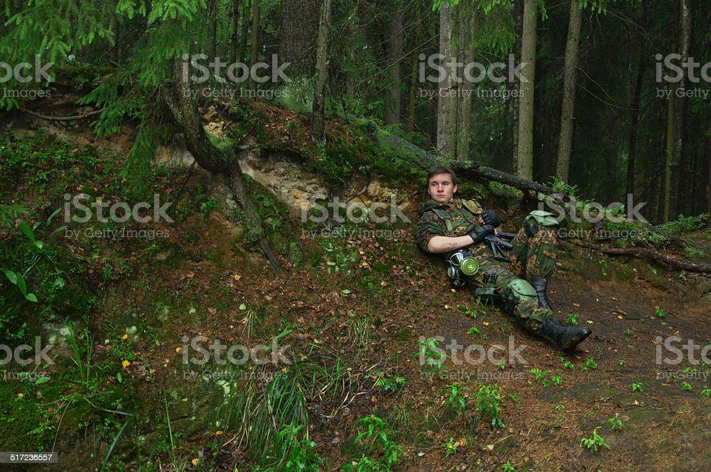 Soldados em floresta foto de stock royalty-free