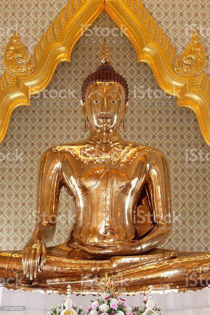 Solid gold Buddha at Wat Traimit, Bangkok, Thailand. stock photo