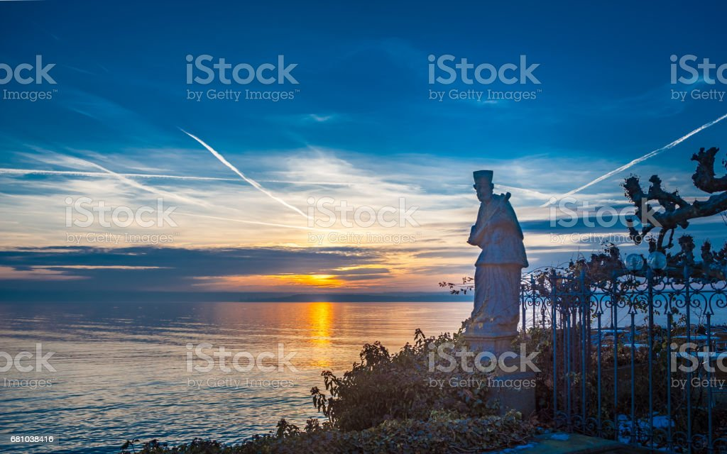 Sonne über den See stock photo
