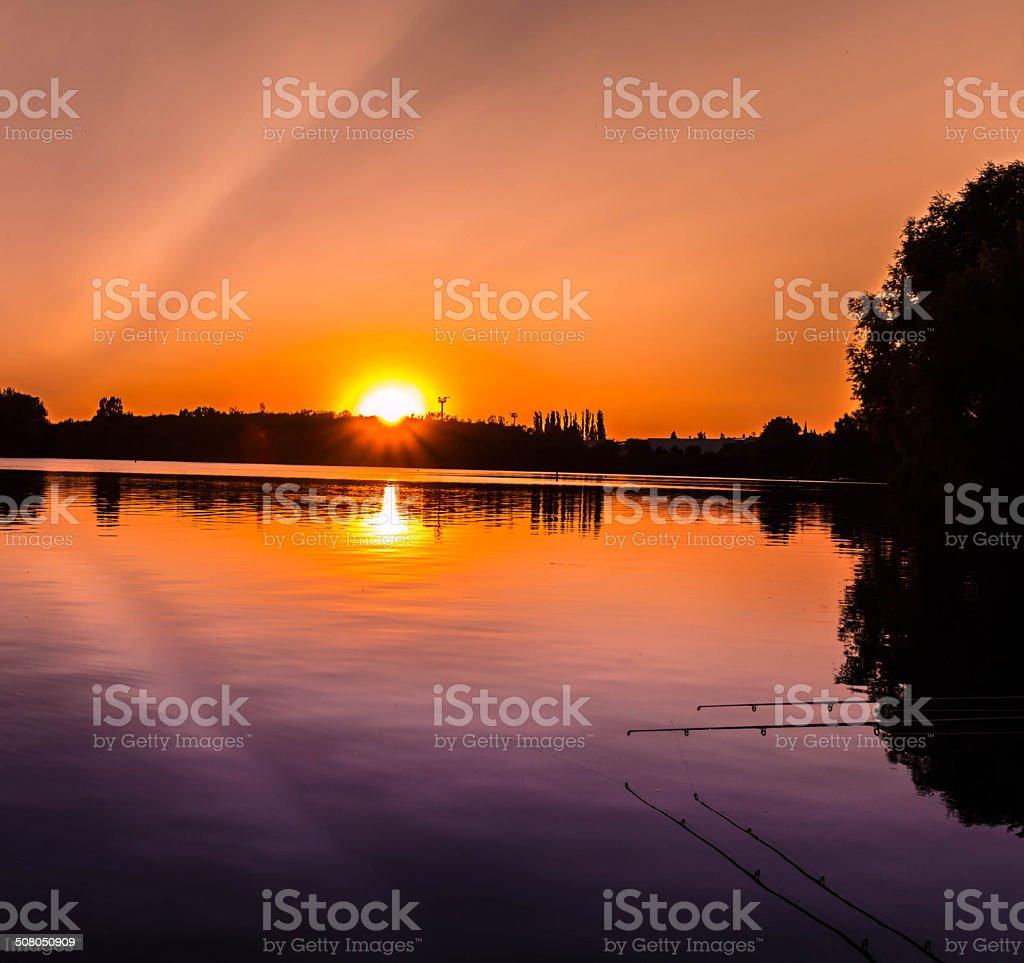 Sonnenuntergang am Kiesteich stock photo