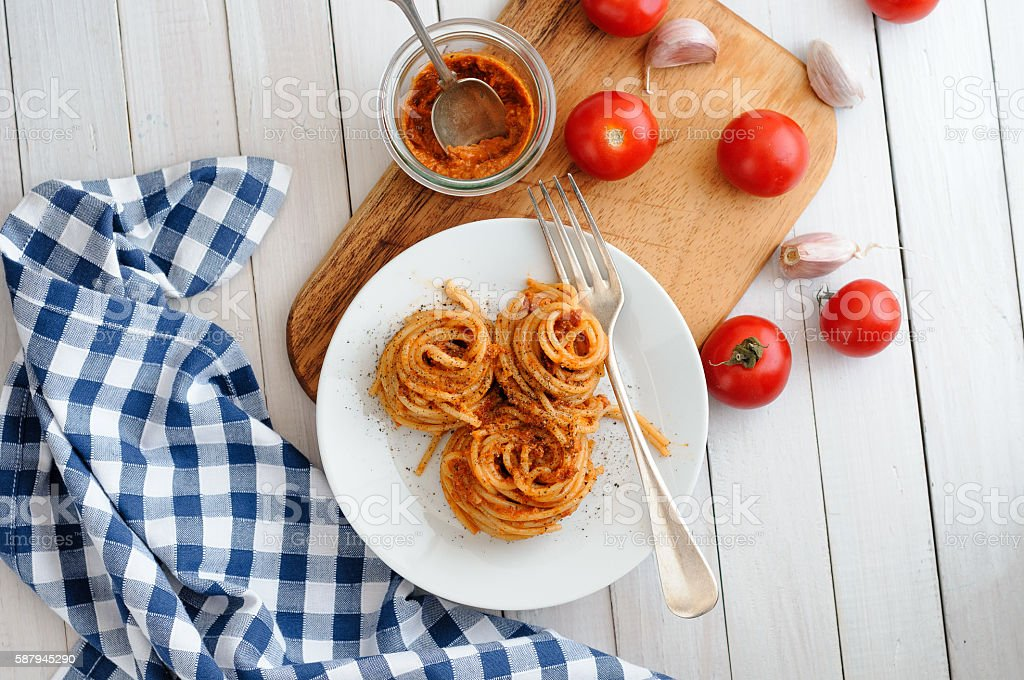 Spaghetti Pesto Rosso stock photo
