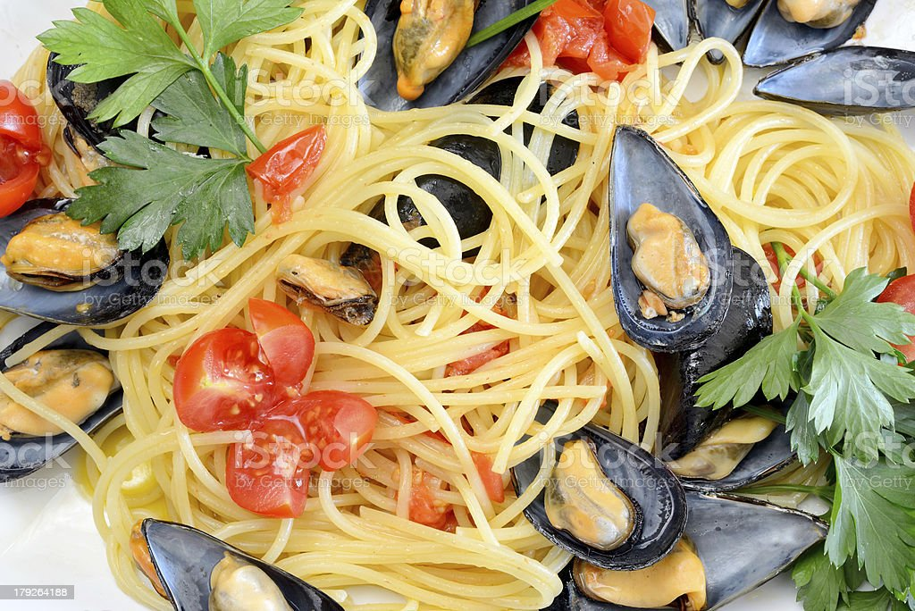 spaghetti with reef mussels royalty-free stock photo
