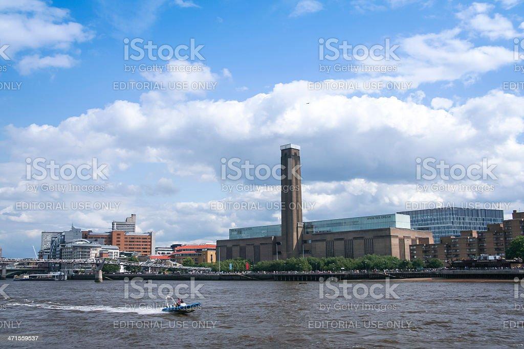 speedboat thames river tate modern royalty-free stock photo