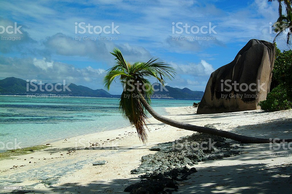 spiaggia isola tropicale stock photo