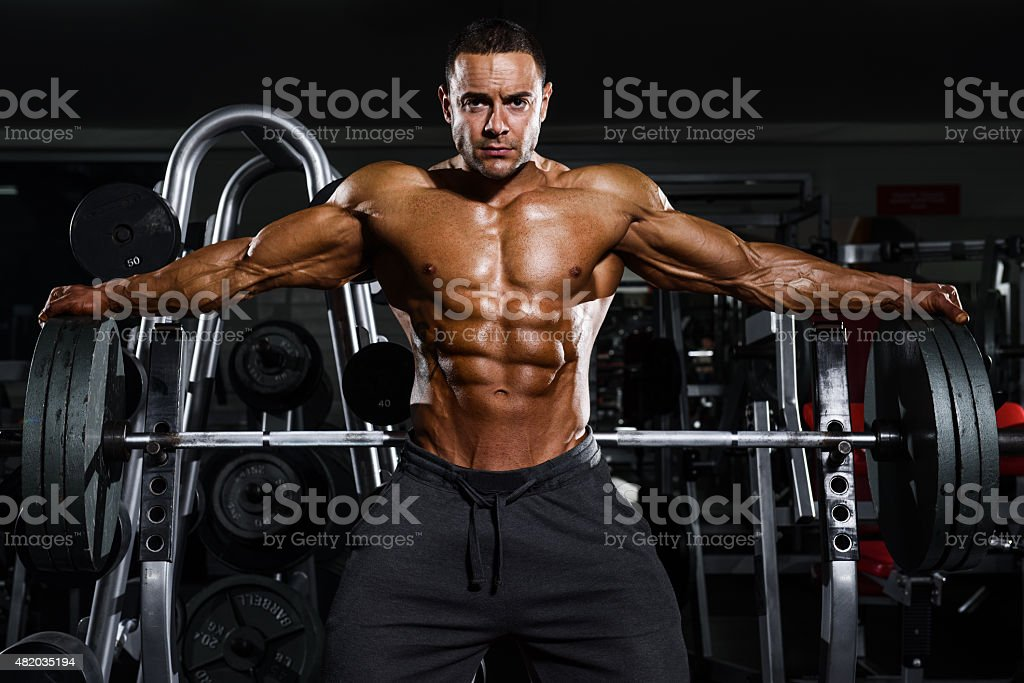 spread my wings stock photo 482035194 | istock, Muscles