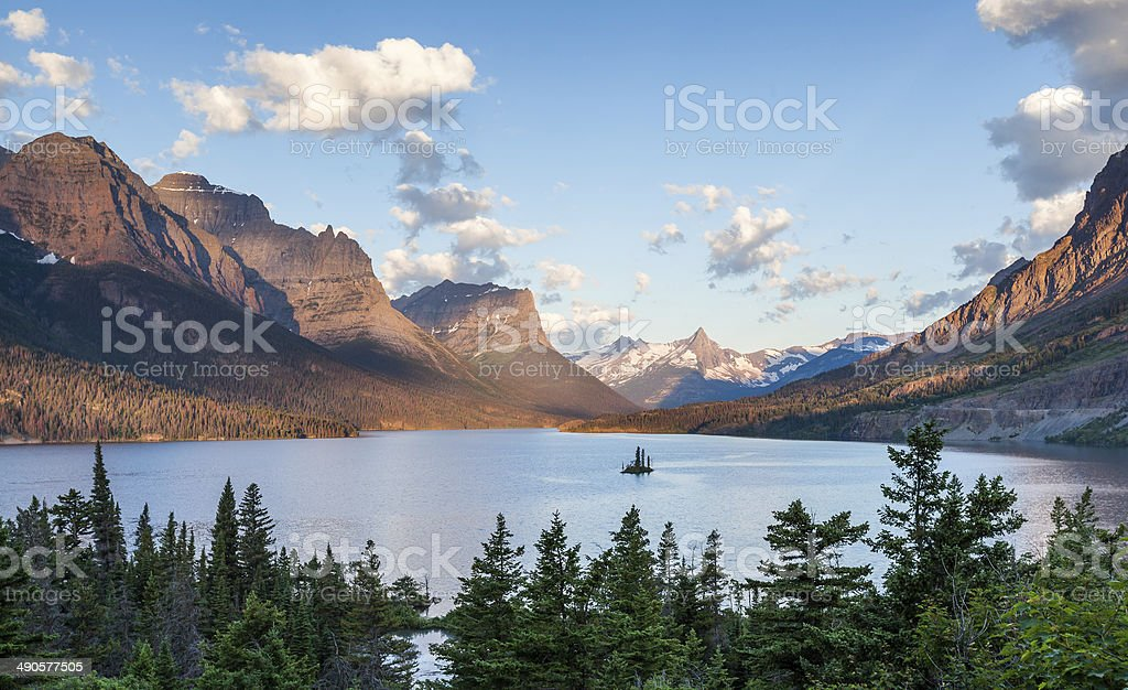 St. Mary Lake, wild goose island in Glacier national park stock photo