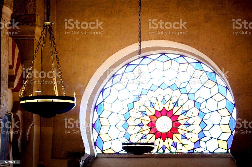 ステンドグラスの窓、ランタン ロイヤリティフリーストックフォト