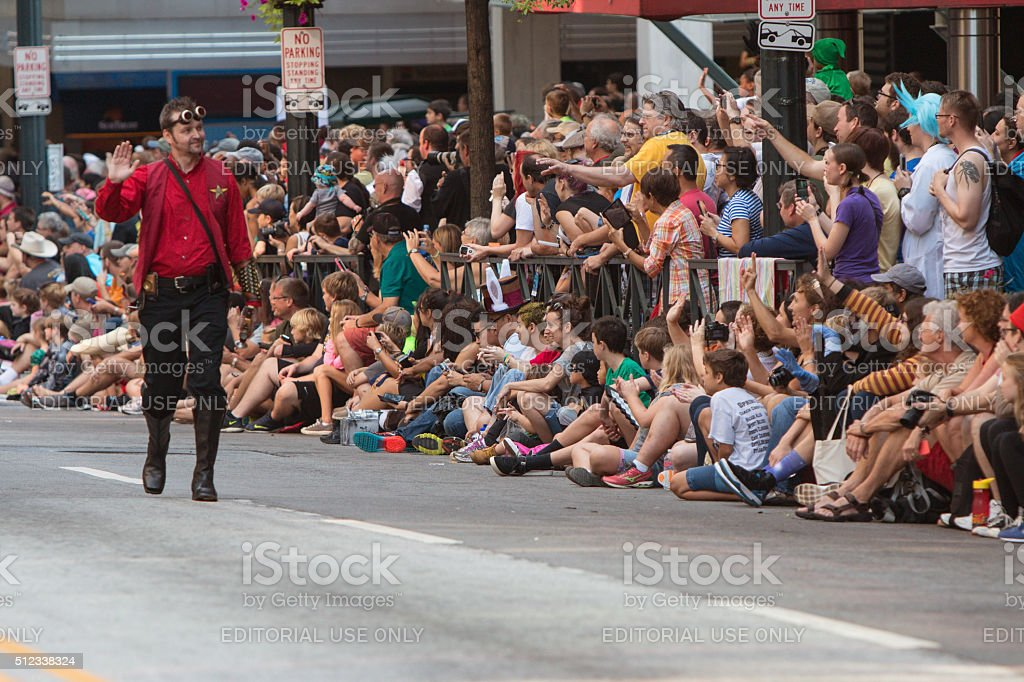 Star Trek Character Waves To Fans At Dragon Con Parade stock photo
