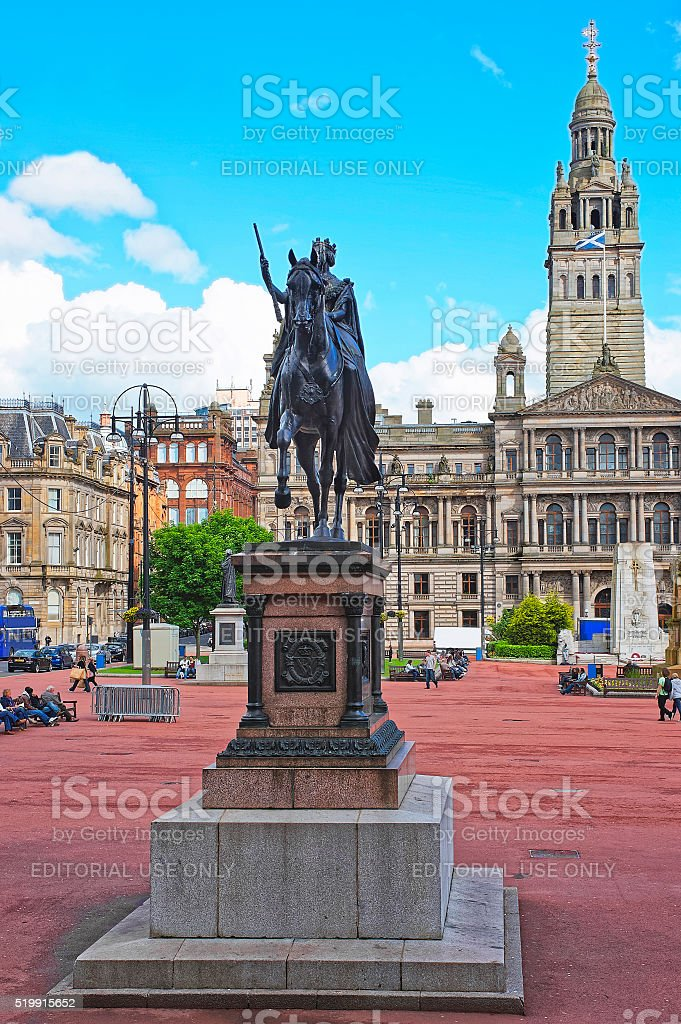 Statue of Quenn Victoria at Glasgow City Chambers stock photo
