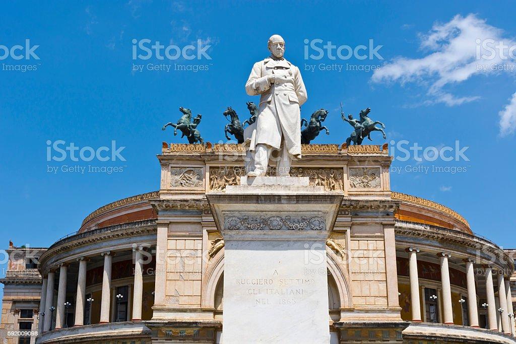 Statue of Ruggiero Settimo stock photo