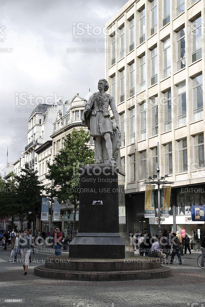 Statue of Sir Anthony van Dyck in Antwerpen Lizenzfreies stock-foto