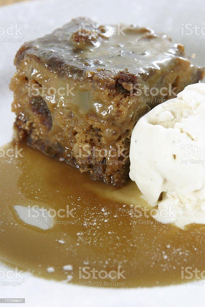 Sticky toffee sponge pudding stock photo