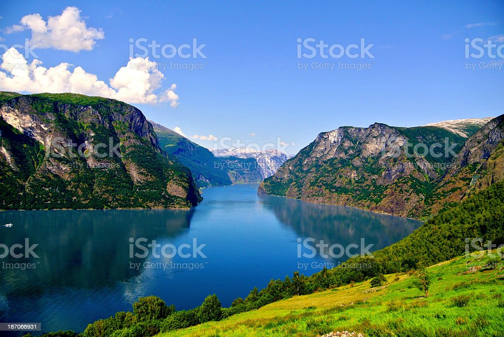 Still view of lake and mountains in Aurlandsfjord, Norway stock photo